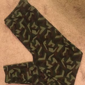 LLR CAMO LEGGINGS